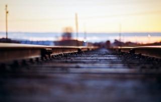 railroad-bokeh-hd-wallpaper
