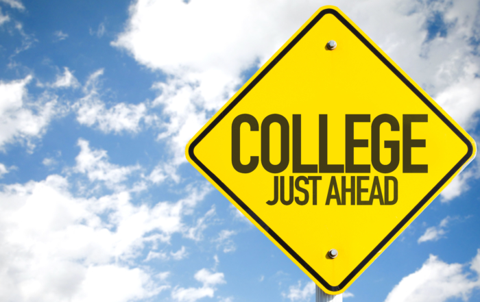 Transitioning from High School to College :  Common Challenges and How to Deal With Them